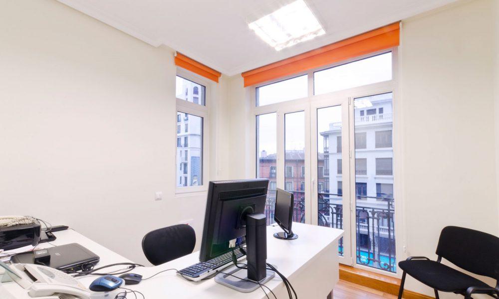 Despacho piso Larvin Gran Vía Madrid